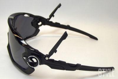 JAWBREAKER Polished Black / Black Iridium Polarized